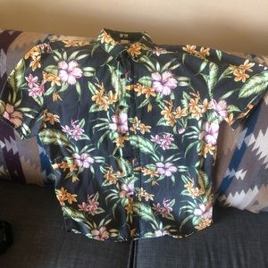 GLOBE FLORAL S/S BUTTON UP SHIRT